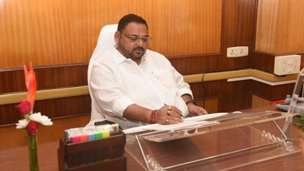 आरोग्य राज्यमंत्री डॉ. राजेंद्र पाटील-यड्रावकर
