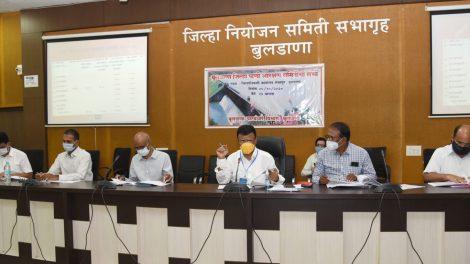 पालकमंत्री डॉ. राजेंद्र शिंगणे